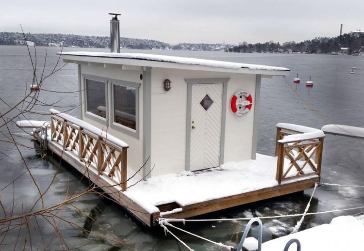 Bastuflotte vintertid i Mälarhöjden