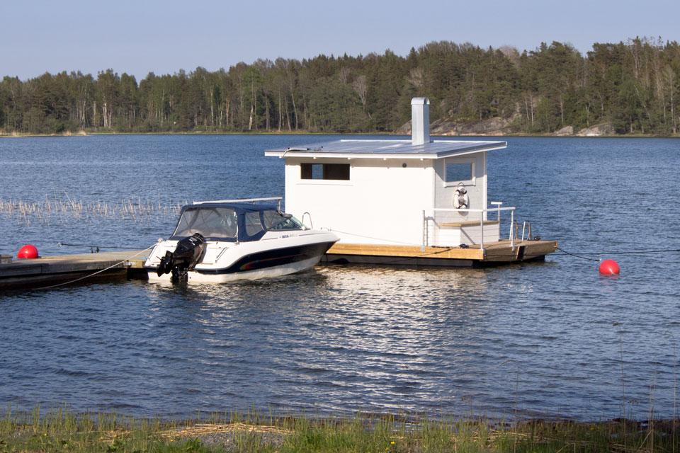 Badstuflotte Wilma till Björkö