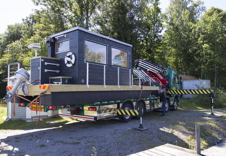 Leverans av bastuflotten till Sommar med Ernst 2017