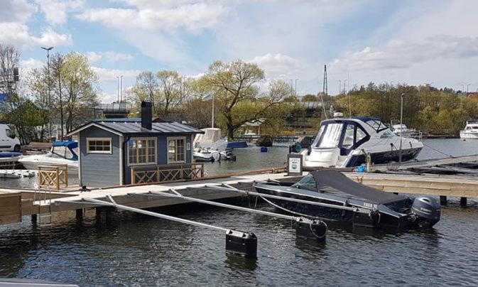 Visning bastuflotte Vårby Marina