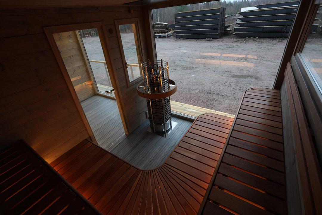 Bastubåt med helglasfönster från Marinbastun