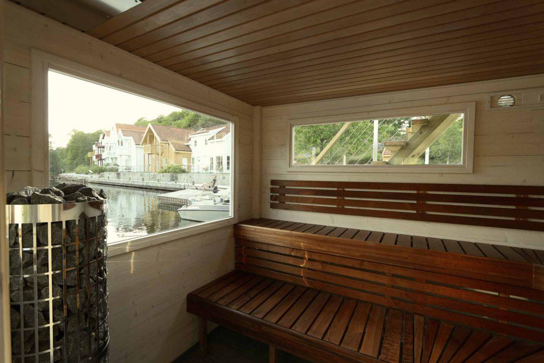 Basturummet på Frank XL i denna som Frasund Resort i Norge har är lavarna i värmebehandlad vax