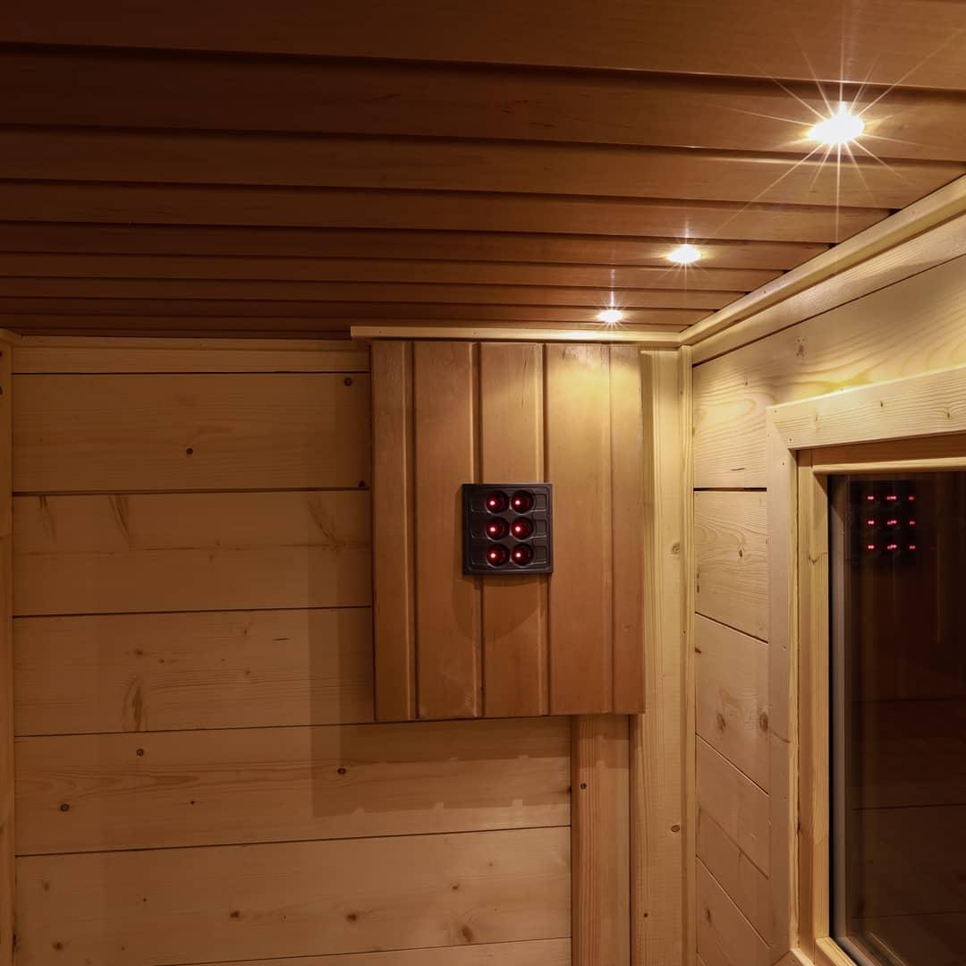 Flytende badstuer til Preikestolen Fjellstue fra Marinbastun