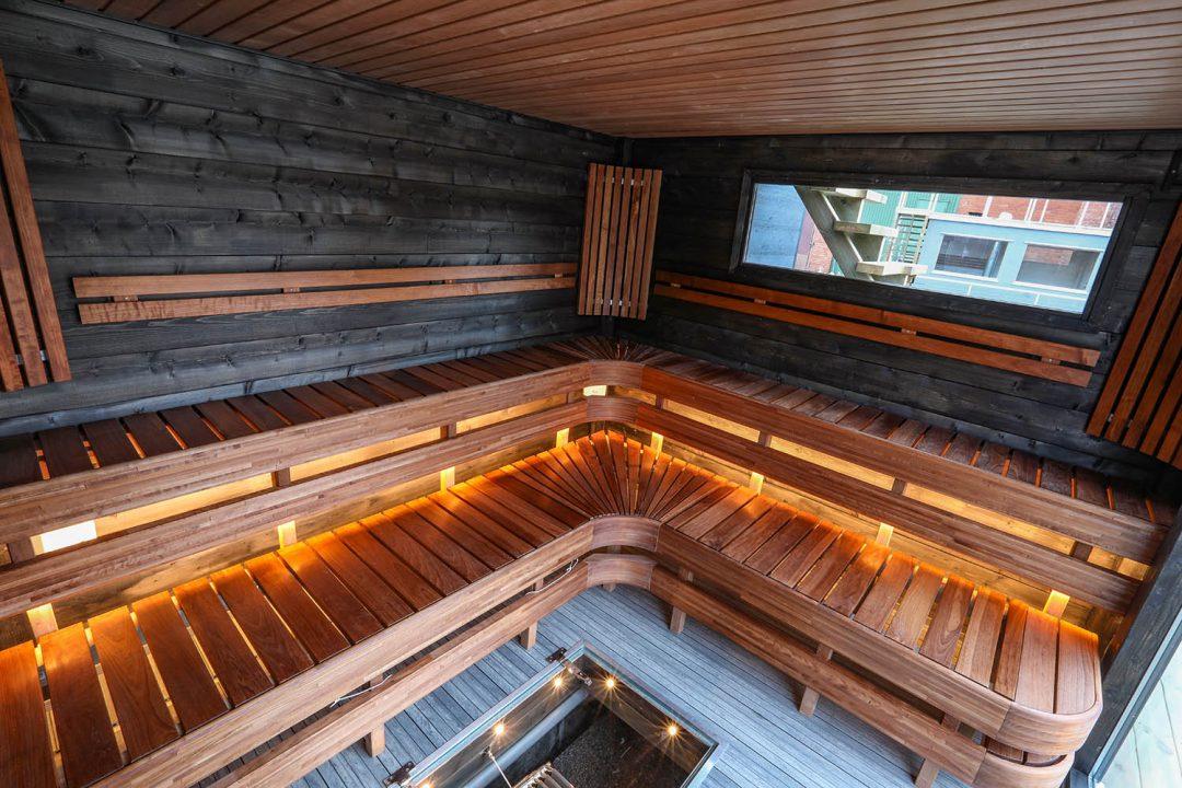 Underbart basturum i Melvin, bastubåten perfekt till hotell – Marinbastun